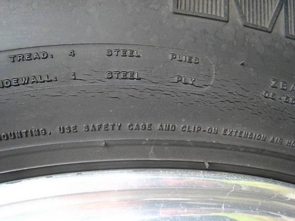 Tire Crack Filler : Screpolatura e usura degli pneumatici auto