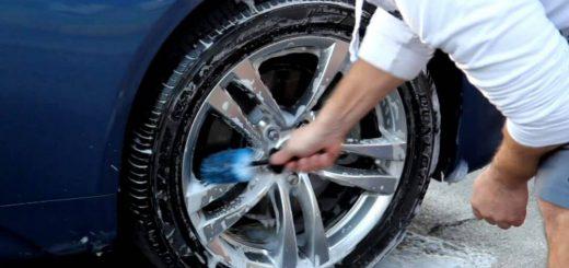 come pulire i pneumatici